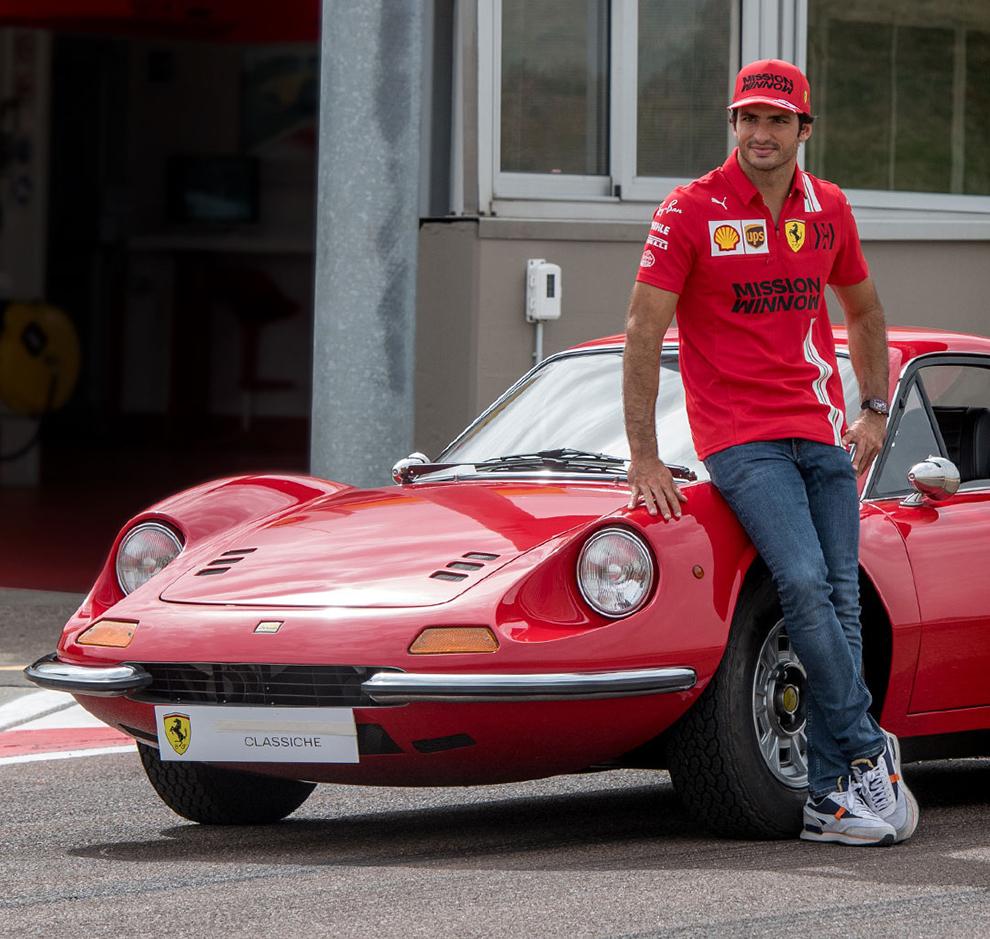 Carlos Sainz - Ferrari - Ferrari Dino - coches clasicos - coches deportivos - Scuderia Ferrari