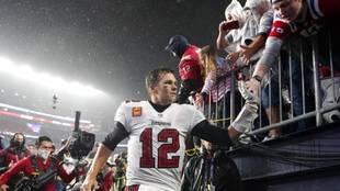 Tom Brady's return leads NBC to strong Sunday football ratings