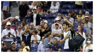 Alcaraz se despide de US Open tras abandonar en los cuartos con...