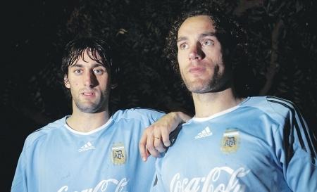 Los hermanos Milito con la selección Argentina.