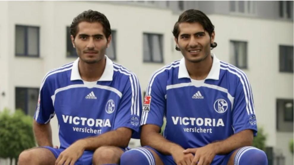 Los hermanos Altintop con el Schalke.