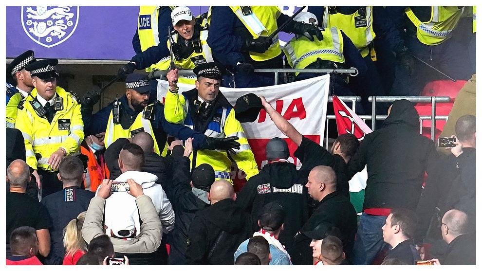 La Policía británica consiguió resolver la situación.