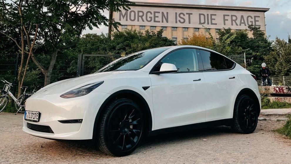 Tesla Model Y - SUV electrico