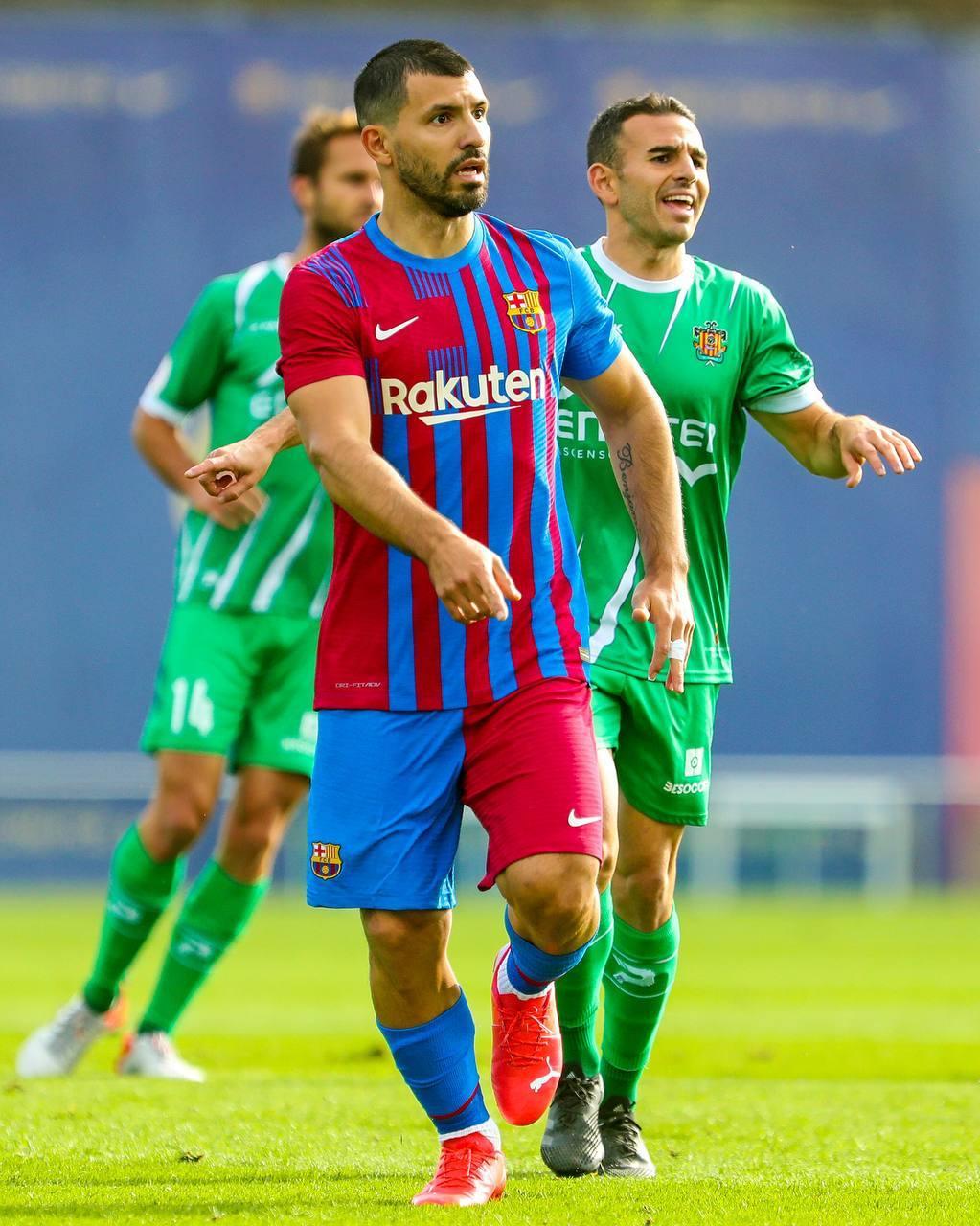 Hình ảnh Aguero làm ấm lòng fan Barca