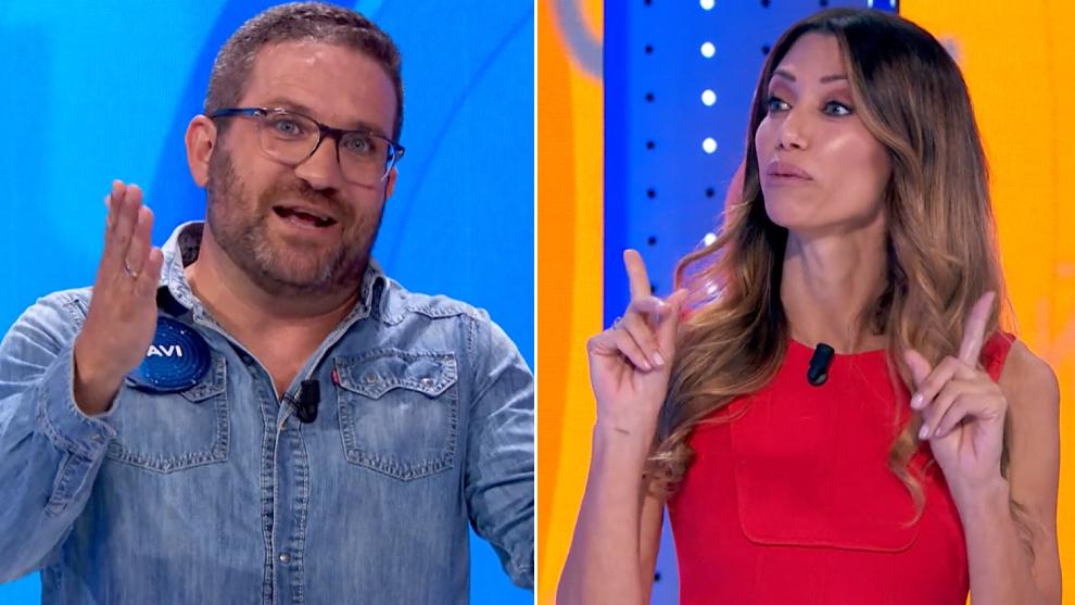 Javier García y Cristina Alvis, concursante y presentadora de la silla azul de Pasapalabra respectivamente