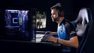 Con el OMEN 30L, Mejora en tu vida a través del gaming