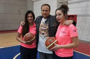 'Richi' González junto a Barbara Cousiño y Jenifer Fuentes, promesas chilenas