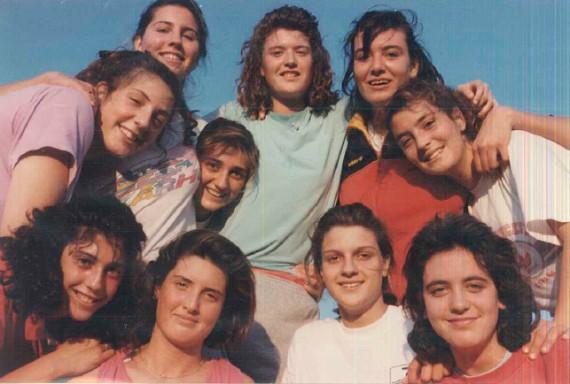Grupo de diez jugadoras de la Operación Siglo XXI
