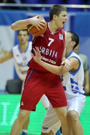 Glisic es una de las grandes esperanzas de la cantera serbia. | FIBA Europe