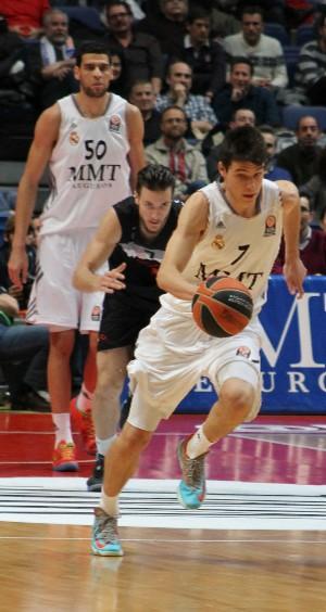 Jonathan Barreiro corre el contraataque.   Foto: Teresa Novillo