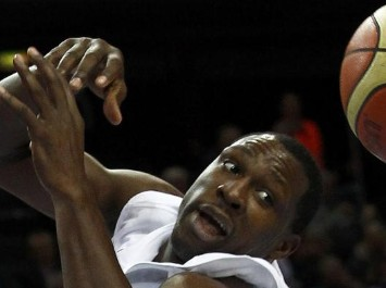 As� ve Florent Pietrus la final del Eurobasket ante Espa�a