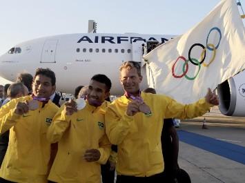 La bandera olímpica llega a Río de Janeiro