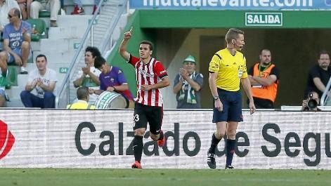 Gol de Aketxe (2-1) en el Elche-Athletic