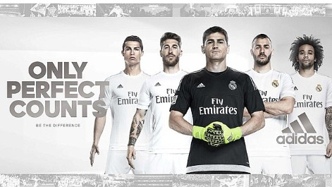 Real Madrid  El Real Madrid presenta su nueva camiseta - MARCA.com 3ba590aacd19d