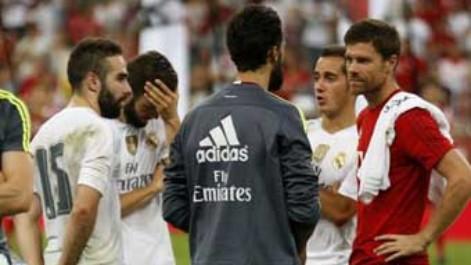 Xabi Alonso se reencontr� con el Real Madrid