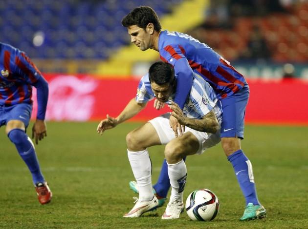 DESCANSO EN EL CIUTAT DE VALENCIA. Vence el Málaga de manera muy cómoda con  goles de Horta y Recio. El Levante necesitaría cinco goles para pasar la ... e4248bb1cbe6a