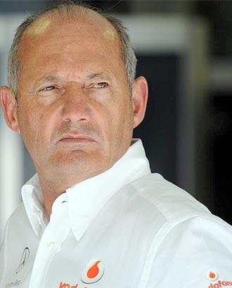 Ron Dennis, jefe de la escudería McLaren Mercedes