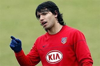 Sergio Agüero, durante un entrenamiento del Atlético