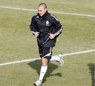 Cannavaro se ejercit� al margen de la plantilla.
