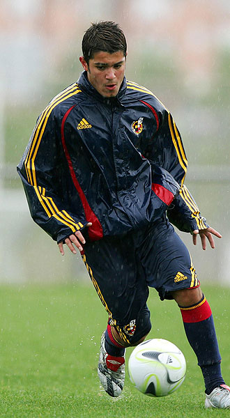 Falqué ya ha debutado en las categorías inferiores de la selección española y sueña con hacerlo con el primer equipo, como en la Juve