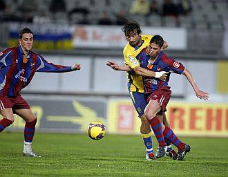 El Levante complet� la remontada en el estadio de Gran Canaria.