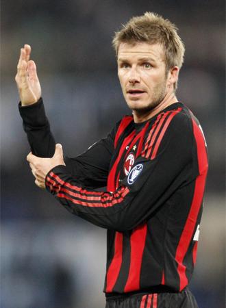David Beckham, en un momento del partido del Milan contra la Lazio de este domingo