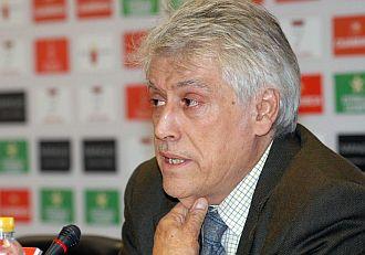 Juan Guillamón en rueda de prensa para despedirse.