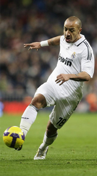 Julien Faubert, en su primer partido con el Real Madrid.