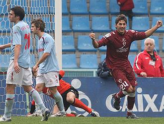 Uranga celebra el primer gol del Castell�n.