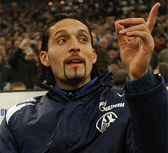 Kuranyi, del Schalke 04, durante un partido.
