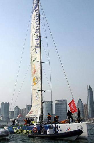 Imagen del Telef�nica Azul al t�rmino de una regata.