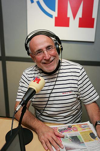 Ram�n Trecet en el estudio de Radio MARCA