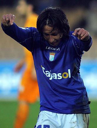 Sarmiento celebrando un gol con el Xerez