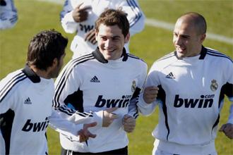 Buenas caras en el entrenamiento del Real Madrid tras la goleada ante el Betis.