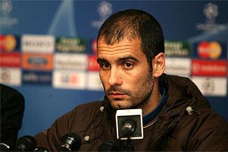Pepe Guardiola, t�cnico del Barcelona, durante una rueda de prensa