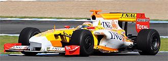 Alonso, con su Renault