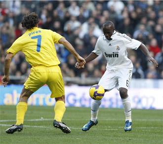 Pires en un partido contra el Real Madrid.