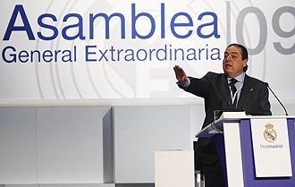 Vicente Boluda, durante la asamblea del Real Madrid