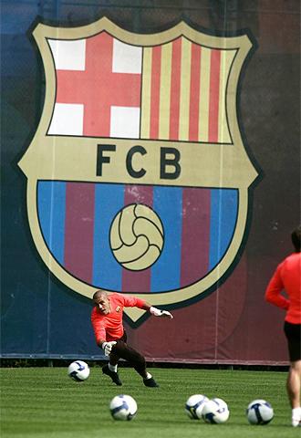 V�ctor Vald�s, en un entrenamiento del Barcelona.