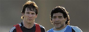 Lionel Messi y Diego Armando Maradona