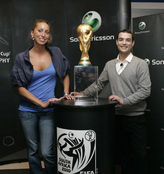 Gemma Mengual y Gervasio Deferr estuvieron con la Copa