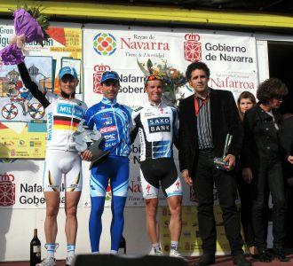 Wegmann, De la Fuente y Kolobnev, en el podio junto a Miguel Indurain