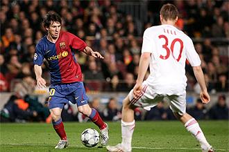 Lance del partido en el Camp Nou entre Barcelona y Bayern
