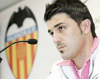 David Villa, durante la rueda de prensa del pasado mi�rcoles, est� en el punto de mira de muchos equipos