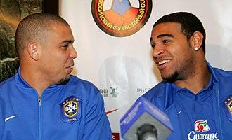 Ronaldo y Adriano son muy buenos amigos