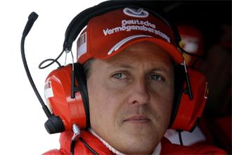 Schumacher siguiendo el �ltimo Gran Premio de F�rmula 1.