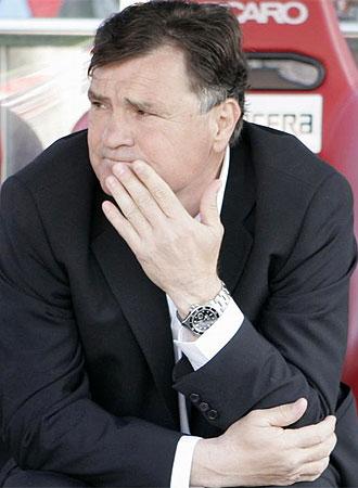 El entrenador de Osasuna, Jos� Antonio Camacho