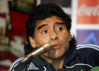 Maradona, en rueda de prensa con la selecci�n argentina.