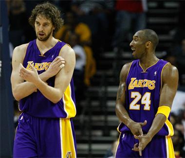 La dupla Gasol-Bryant debe guiar a los Lakers