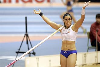 Dana Cervantes, durante un salto en 2008